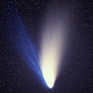 640px-Comet_Hale-Bopp_1995O1